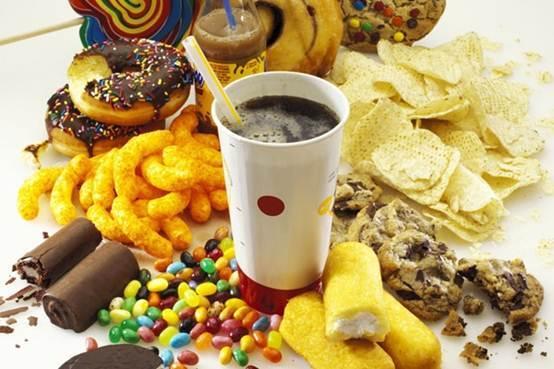 垃圾食品不仅会发胖 还有这些危害图片